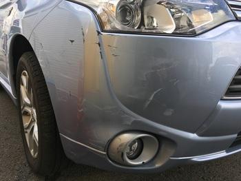 ミツビシ「アウトランダー」キズヘコミ修理! / 和歌山の板金塗装・自動車修理はプロモワカヤマ
