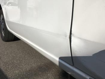 塗装剥げ・経年劣化したホンダ「ライフ」 / 和歌山の板金塗装・自動車修理はプロモワカヤマ